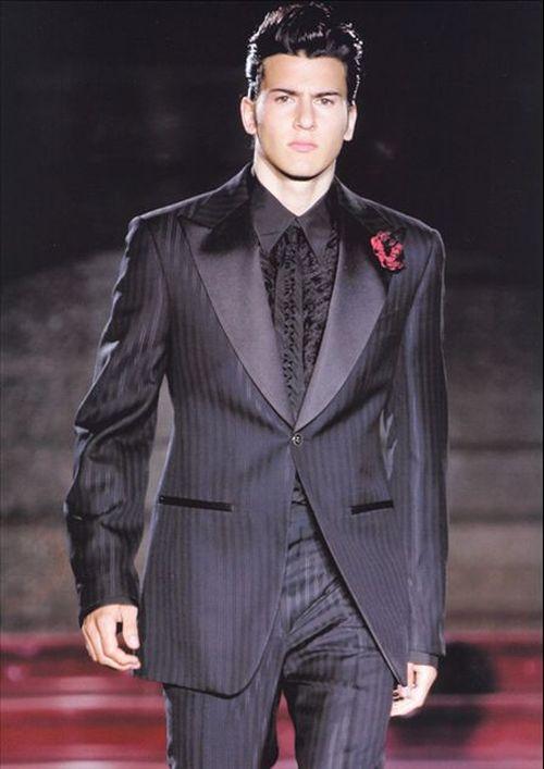 Vestiti Per Matrimonio Uomo Invitato : Come deve vestire l invitato a un matrimonio divisione cerimonia